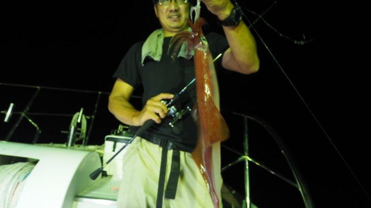 7月30日  深夜便  イカメタル       30〜55杯  船中405杯(10名)    今回、イカメタル初めての方が意外にも良く釣れたのホットしました💦