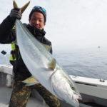 2月14日(日) 近海ジギング! ブリ狙いで出船しましたが時合いが短く撃沈💦 お土産に根魚釣りをして退散😭 11キロ一本、根魚多数でした!